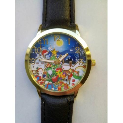 Klocka med julmotiv, guldfärgad boett, svart armband (Julmotiv) från klockor4you.se