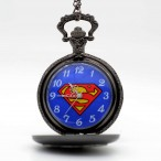 Superman, silverfärgat S, fickur, halsbandsklocka (Barn - ungdomar) från klockor4you.se